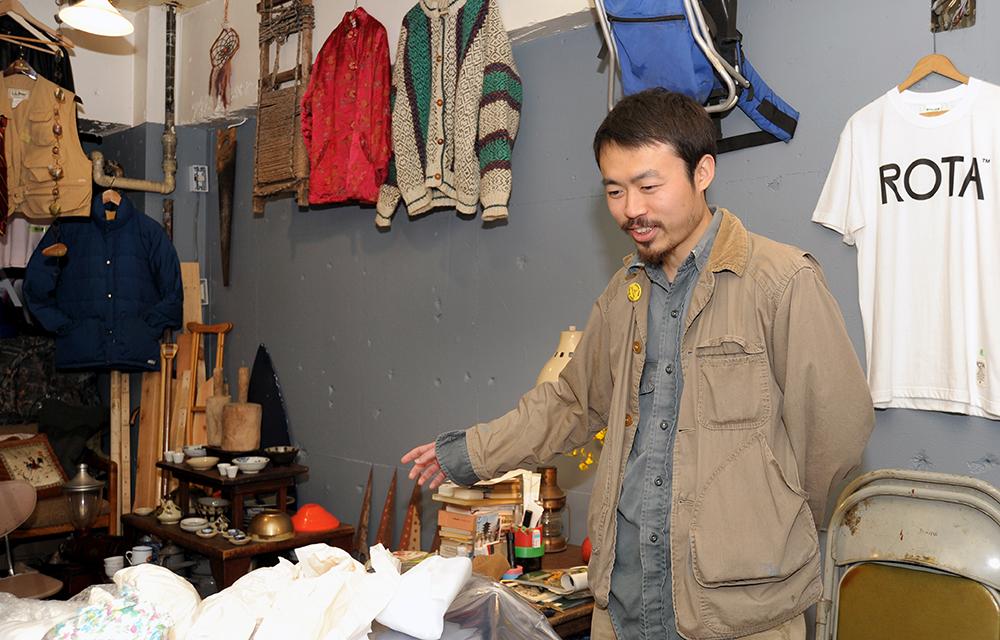 店名は大江健三郎の『新しい人よ目覚めよ』などの作品にインスパイアされて付けたそう。