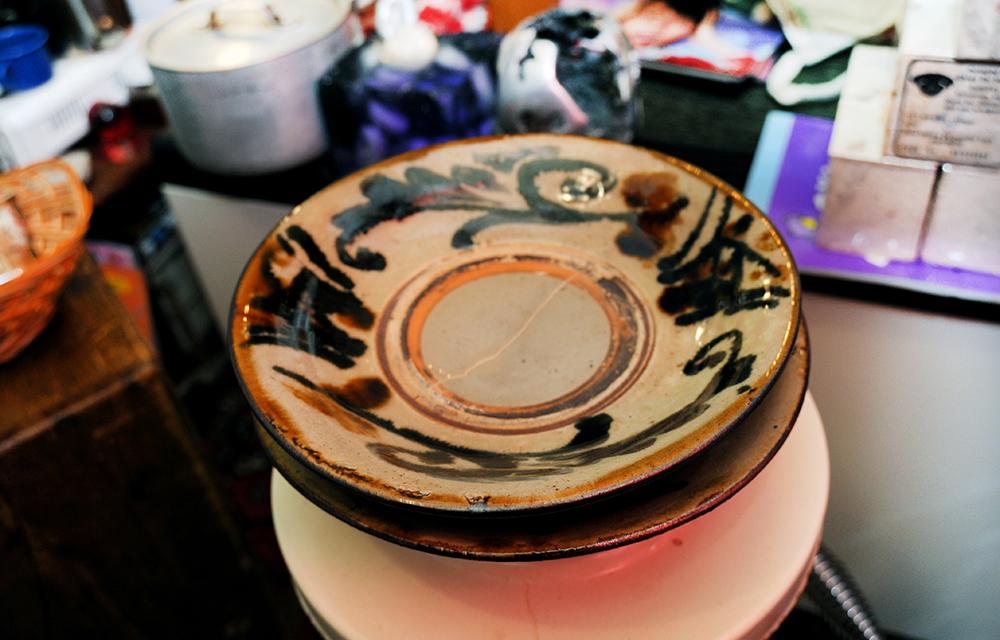 沖縄まで買い付けに行った人間国宝・金城次郎の器。値段は検討中です。