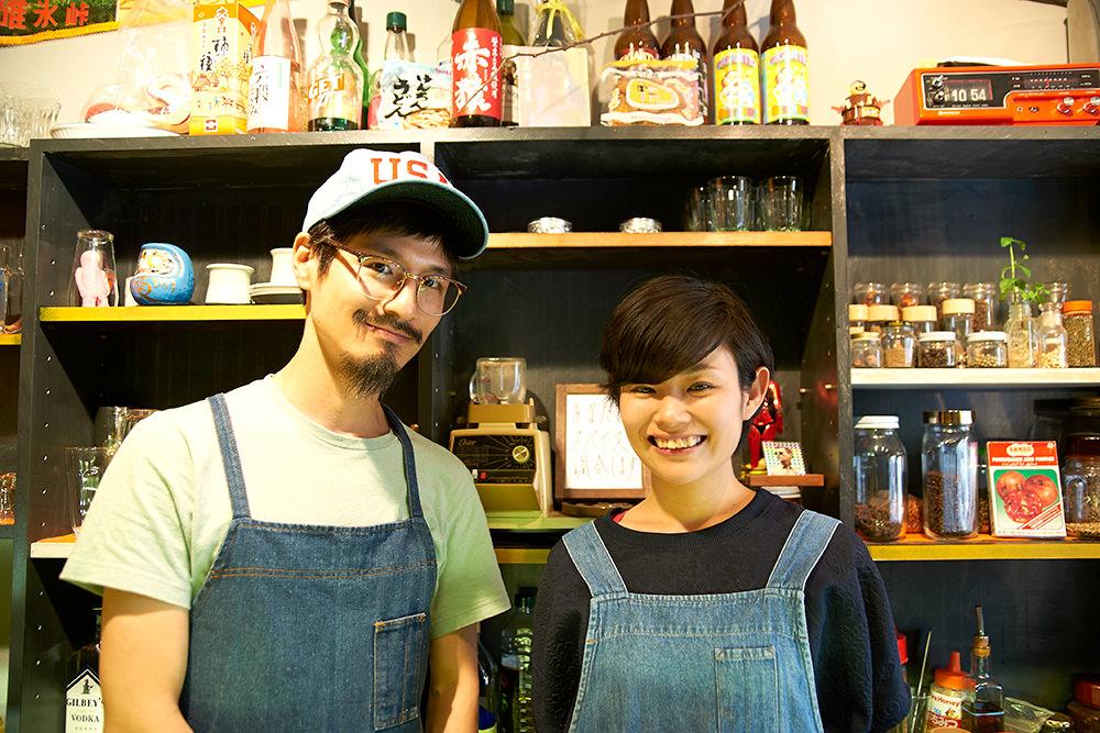 元々はケータリングでカレーをつくっていたという大澤さん(左)と近藤さん。