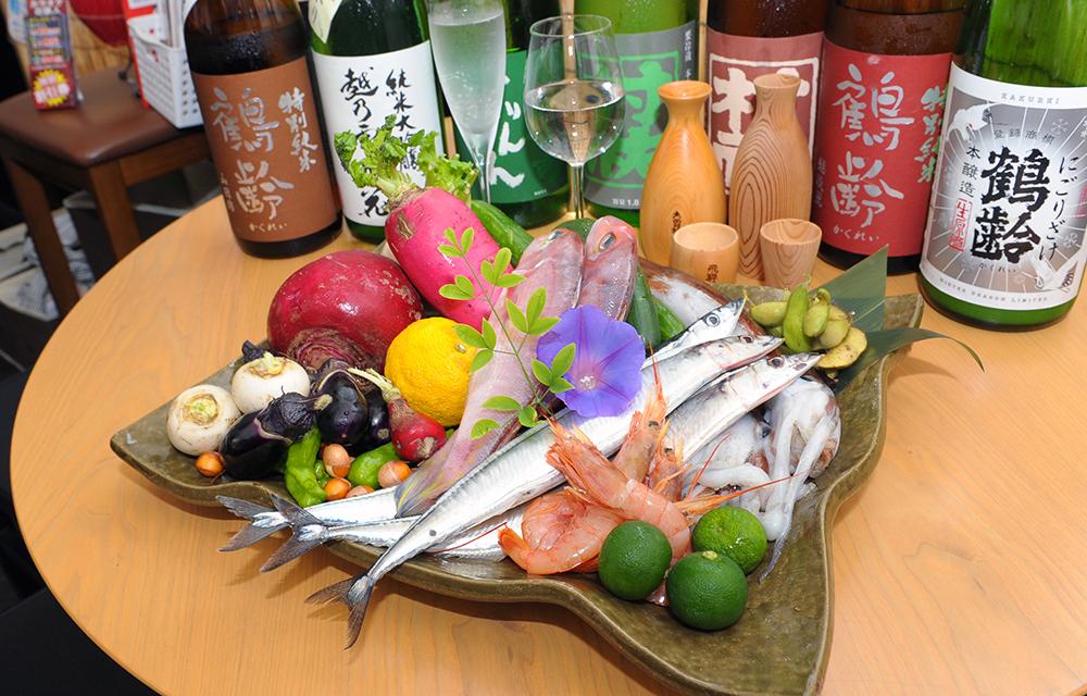 新潟産の新鮮な野菜と毎日変わる旬の魚。そして貴重な酒の数々。
