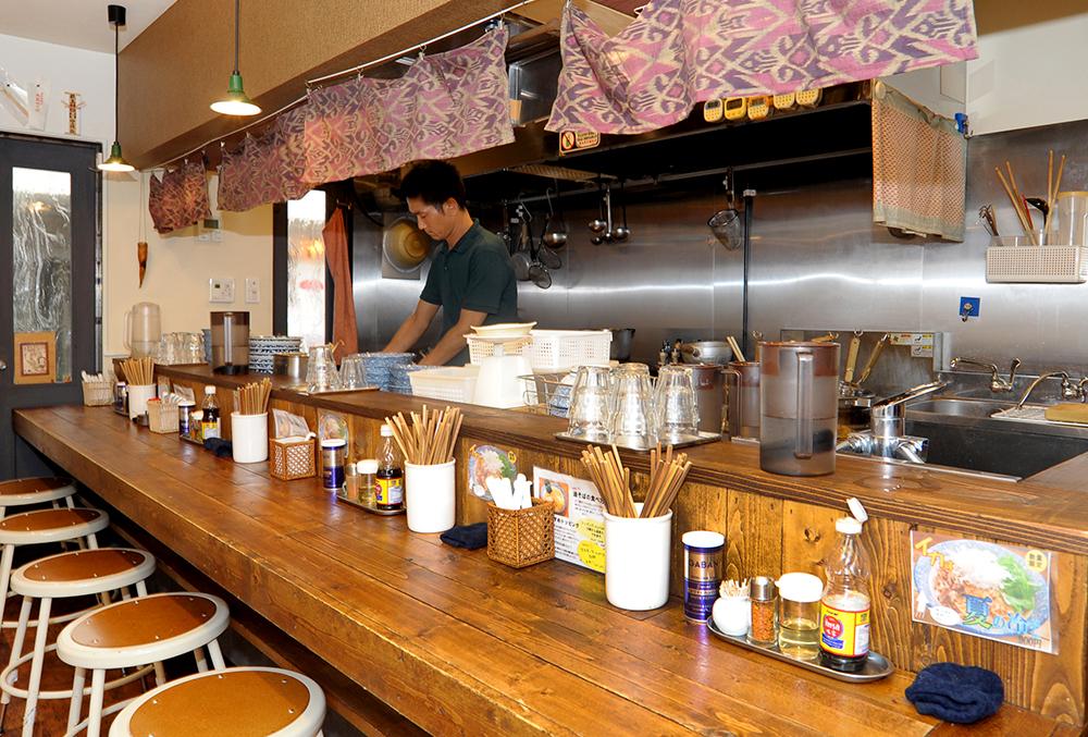 「荻窪という街が好きで、荻窪に店を構えた」と話す藤田さん。