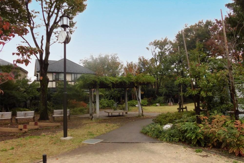 与謝野公園内部